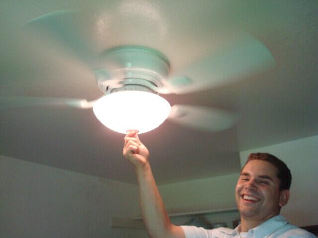 instalación ventilador de techo con aspas